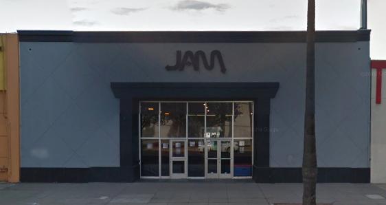 Retail Store in Reseda, CA – $465,000